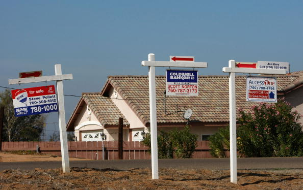 For Sale「Home Prices Fell Further In August」:写真・画像(9)[壁紙.com]