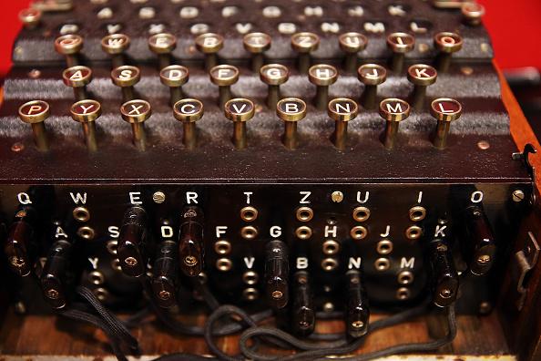 Machinery「Handwritten Alan Turing Manuscript To Be Auctioned At Bonham's」:写真・画像(13)[壁紙.com]