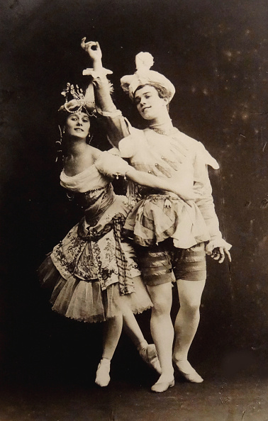 Russian Ballet「Anna Pavlova and Vaslav Nijinsky in the ballet Le Pavillon d'Armide by Nikolai Tcherepnin, 1907」:写真・画像(3)[壁紙.com]
