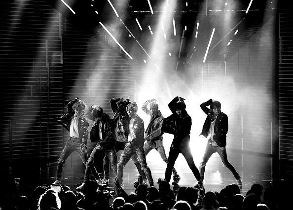 防弾少年団「2017 American Music Awards - Show」:写真・画像(11)[壁紙.com]
