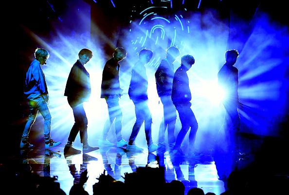 防弾少年団「2017 American Music Awards - Show」:写真・画像(14)[壁紙.com]