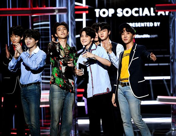 防弾少年団「2018 Billboard Music Awards - Show」:写真・画像(6)[壁紙.com]