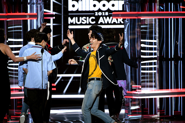 防弾少年団「2018 Billboard Music Awards - Show」:写真・画像(5)[壁紙.com]