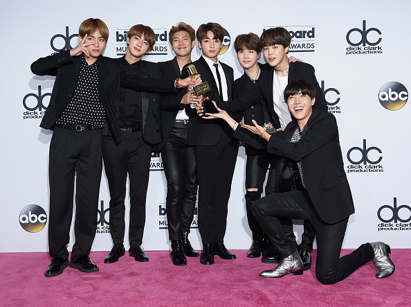Kim Seok-jin「2017 Billboard Music Awards - Press Room」:写真・画像(5)[壁紙.com]