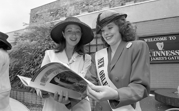 St「Rose of Tralee Contestants in St James's Gate Brewery 1997」:写真・画像(5)[壁紙.com]