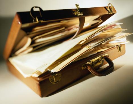 Briefcase「Overflowing Briefcase」:スマホ壁紙(17)