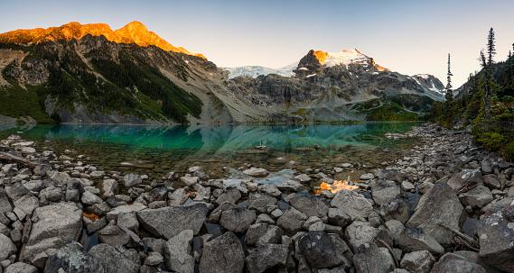 Pemberton「Scenery of Joffre Lake, Duffy Lake Provincial Park, Pemberton, British Columbia, Canada」:スマホ壁紙(7)
