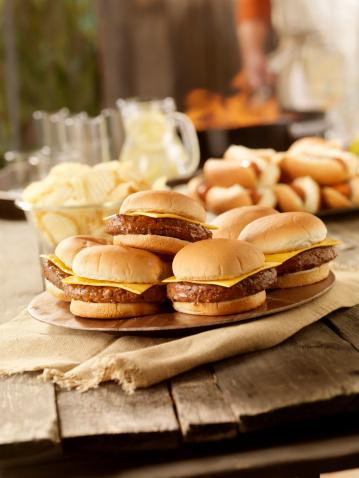 Bun - Bread「BBQ Cheese Burgers and Hot dogs」:スマホ壁紙(11)