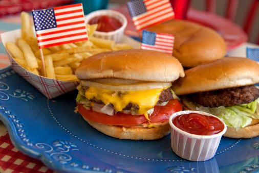 Fourth of July「Cheese Burgers, Barbeque Hamburger, July Fourth & Labor Day Picnic Food」:スマホ壁紙(7)