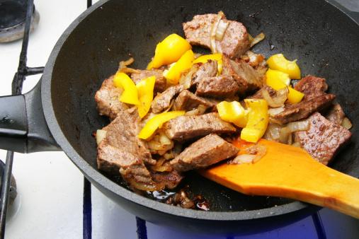 Griddle「Cooking beef」:スマホ壁紙(7)