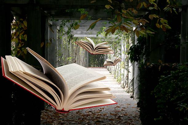 Books flying through abandoned hallway:スマホ壁紙(壁紙.com)