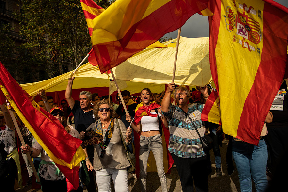 David Ramos「A Unionist March Takes Place On The National Day of Spain」:写真・画像(6)[壁紙.com]