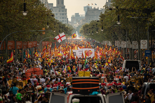 David Ramos「A Unionist March Takes Place On The National Day of Spain」:写真・画像(8)[壁紙.com]