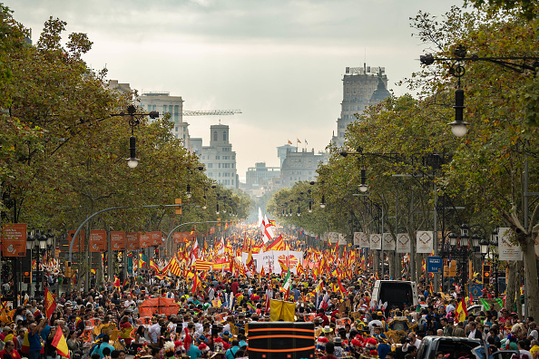 David Ramos「A Unionist March Takes Place On The National Day of Spain」:写真・画像(4)[壁紙.com]