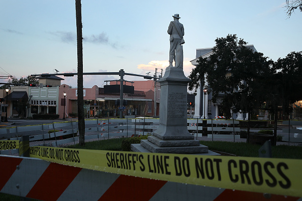 Monument「Monuments To The Confederacy In Question As Cities Across Country Debate Taking Them Down In Wake Of Charlottesville」:写真・画像(4)[壁紙.com]