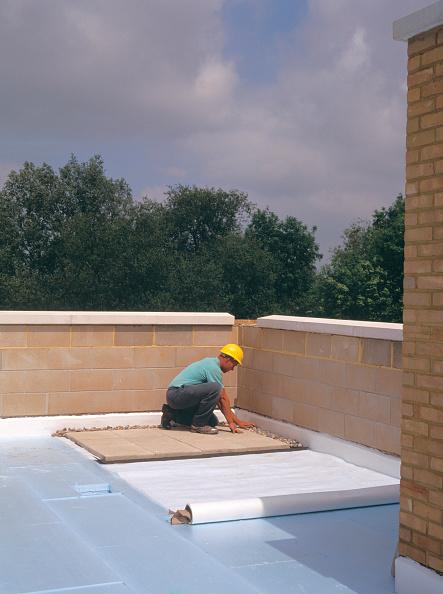 Brick Wall「Insulating on flat roof.」:写真・画像(5)[壁紙.com]
