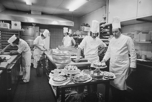Kitchen「Claridge's Brigade de cuisine」:写真・画像(11)[壁紙.com]
