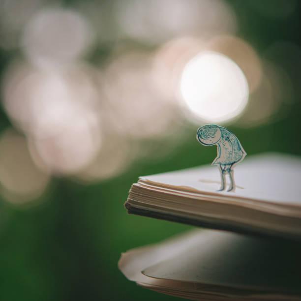 Into the book:スマホ壁紙(壁紙.com)
