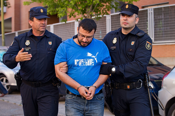 Madrid「Spanish Police Arrest Suspects Believed To Be Connected With The Jihadist ISIL Terrorist Cell」:写真・画像(15)[壁紙.com]