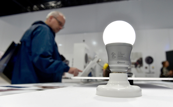 Light Bulb「Latest Consumer Technology Products On Display At CES 2016」:写真・画像(15)[壁紙.com]