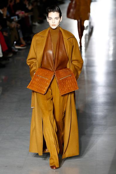 Autumn Winter Fashion Collection「Max Mara - Runway: Milan Fashion Week Autumn/Winter 2019/20」:写真・画像(17)[壁紙.com]