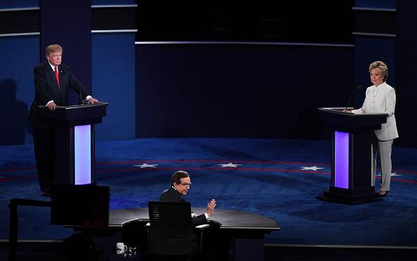 Fox Photos「Final Presidential Debate Between Hillary Clinton And Donald Trump Held In Las Vegas」:写真・画像(16)[壁紙.com]