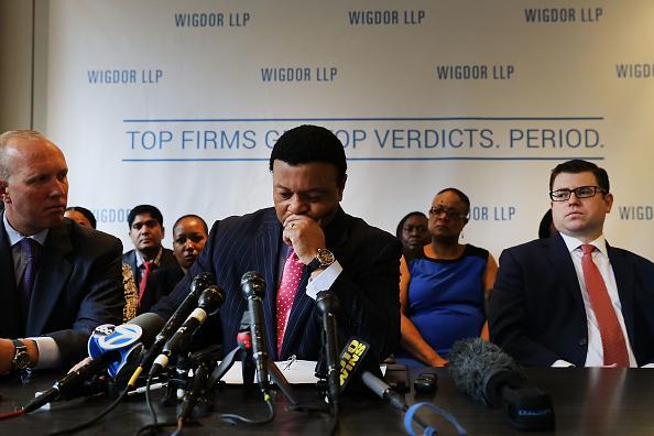 Fox Photos「Attorneys Representing Fox News Employees Discuss Racial Discrimination Lawsuits Against The Media Company」:写真・画像(15)[壁紙.com]