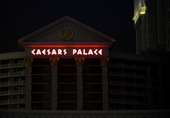 Caesars Palace - Las Vegas「Las Vegas Casinos Close Their Doors In Response To Coronavirus Pandemic」:写真・画像(3)[壁紙.com]