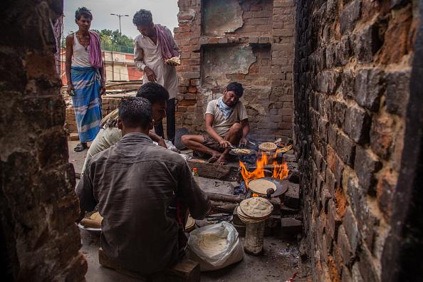 Tortilla - Flatbread「India Eases Lockdown Amid The Coronavirus Pandemic」:写真・画像(3)[壁紙.com]