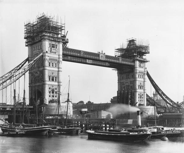 Construction Industry「Tower Bridge」:写真・画像(7)[壁紙.com]