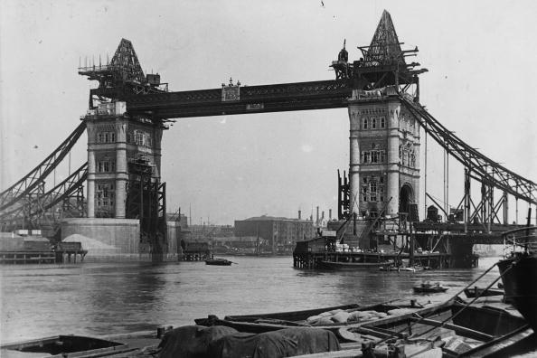 Construction Industry「Tower Bridge」:写真・画像(13)[壁紙.com]