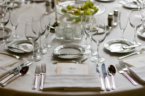 Formalwear「Formal dining setting close up」:スマホ壁紙(4)