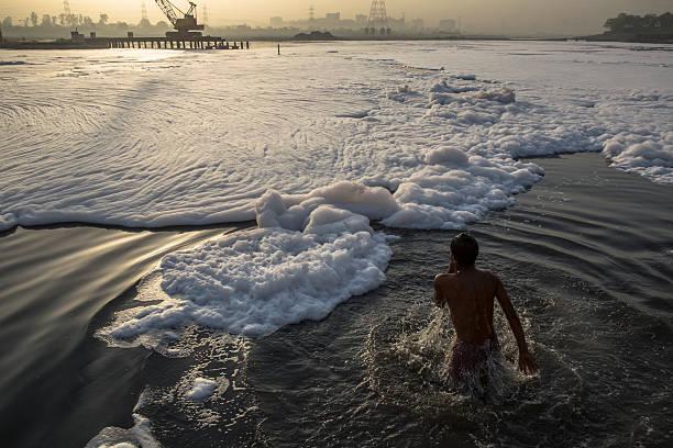 Pollution Blights The Yamuna River:ニュース(壁紙.com)