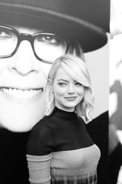 エマ・ストーン「American Film Institute's 45th Life Achievement Award Gala Tribute to Diane Keaton - Red Carpet」:写真・画像(18)[壁紙.com]