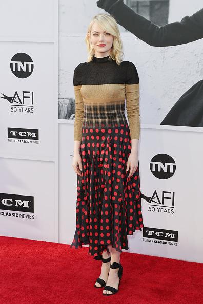 エマ・ストーン「American Film Institute's 45th Life Achievement Award Gala Tribute to Diane Keaton - Arrivals」:写真・画像(14)[壁紙.com]