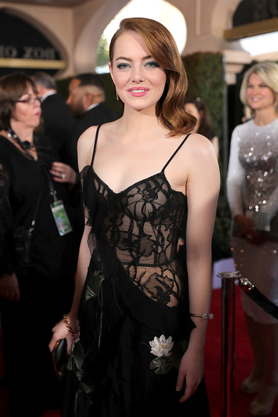 Emma Stone「23rd Annual Screen Actors Guild Awards - Red Carpet」:写真・画像(15)[壁紙.com]