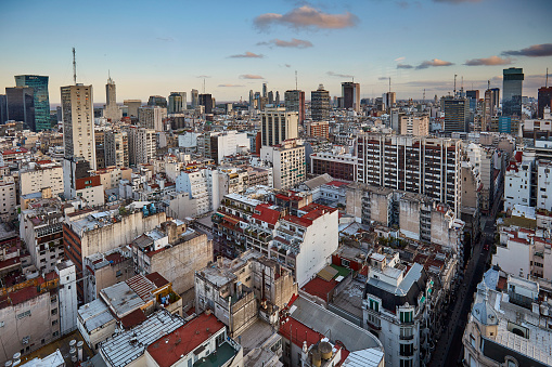 Buenos Aires「Evening panorama at microcenter in Buenos Aires, Argentina」:スマホ壁紙(15)