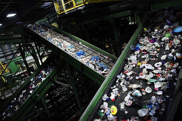 Recycling「Mayor De Blasio Announces Sweeping Environmental Sustainability Plan For New York City」:写真・画像(2)[壁紙.com]