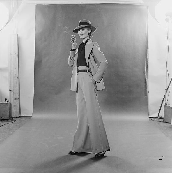 One Woman Only「YSL Trouser Suit」:写真・画像(13)[壁紙.com]