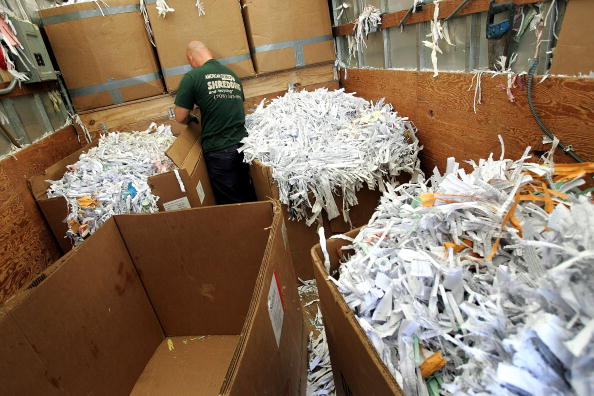 Paperwork「New Consumer Information Law A Boon To Document Shredding Services」:写真・画像(17)[壁紙.com]
