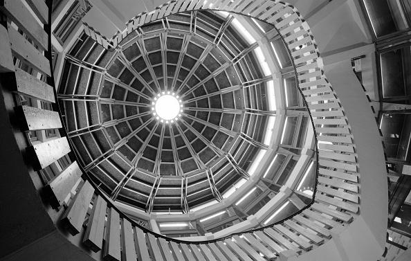 Ceiling「Stairwell」:写真・画像(0)[壁紙.com]