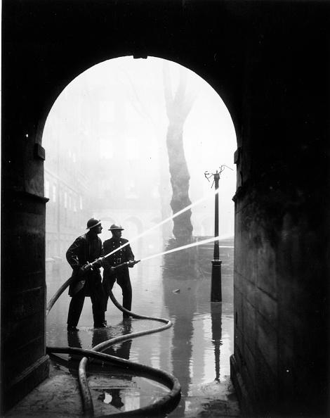Arch - Architectural Feature「London Blitz」:写真・画像(3)[壁紙.com]