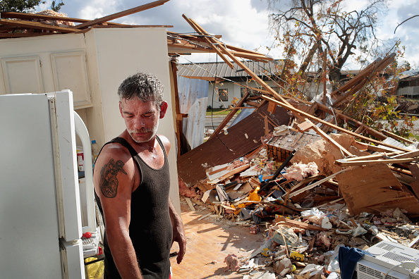 Scott Olson「Recovery Efforts Continue In Hurricane-Ravaged Florida Panhandle」:写真・画像(15)[壁紙.com]