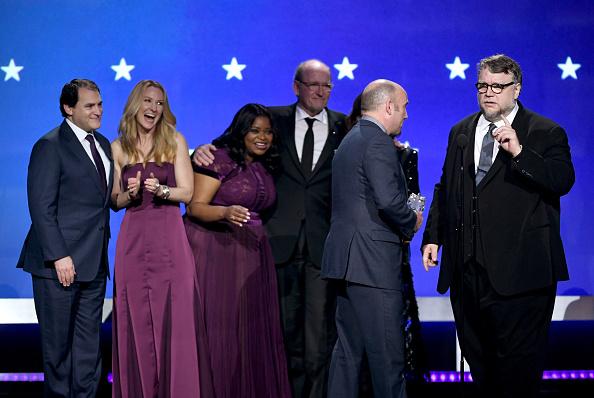 下襟「The 23rd Annual Critics' Choice Awards - Show」:写真・画像(17)[壁紙.com]
