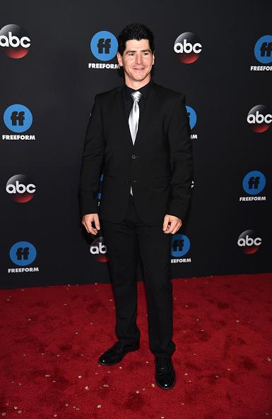 Black Suit「2018 Disney, ABC, Freeform Upfront」:写真・画像(5)[壁紙.com]