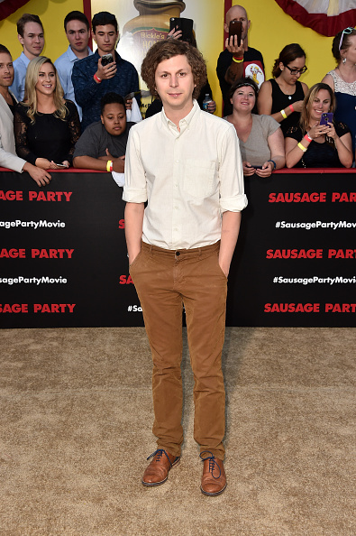 マイケル セラ「Premiere Of Sony's 'Sausage Party' - Arrivals」:写真・画像(11)[壁紙.com]