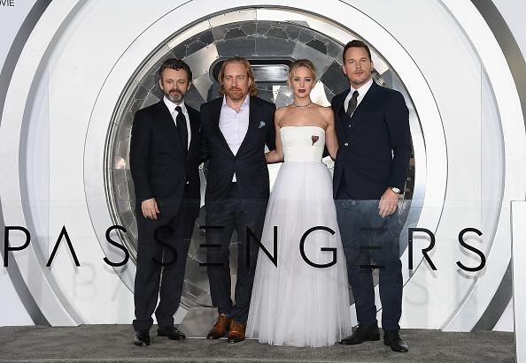 """Film Premiere「Premiere Of Columbia Pictures' """"Passengers"""" - Arrivals」:写真・画像(4)[壁紙.com]"""