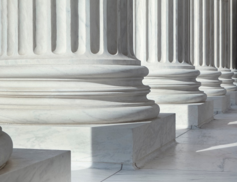 Politics「Column outside U.S. Supreme Court building」:スマホ壁紙(17)
