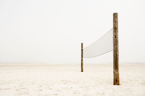 Wooden Post「Volleyball net on beach」:スマホ壁紙(4)