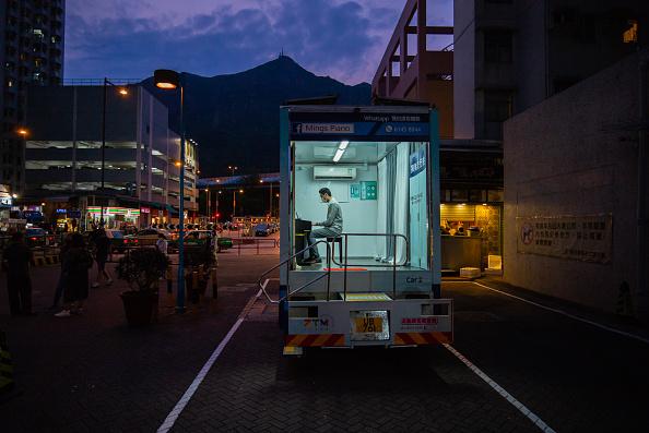 Musical instrument「Hong Kong Piano School Goes Mobile Amid The Coronavirus Outbreak」:写真・画像(4)[壁紙.com]